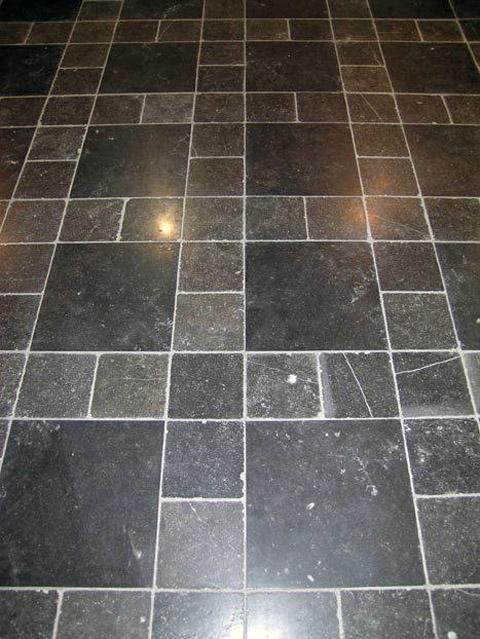 Belgisch Hardstenen vloer, verouderd en getrommeld