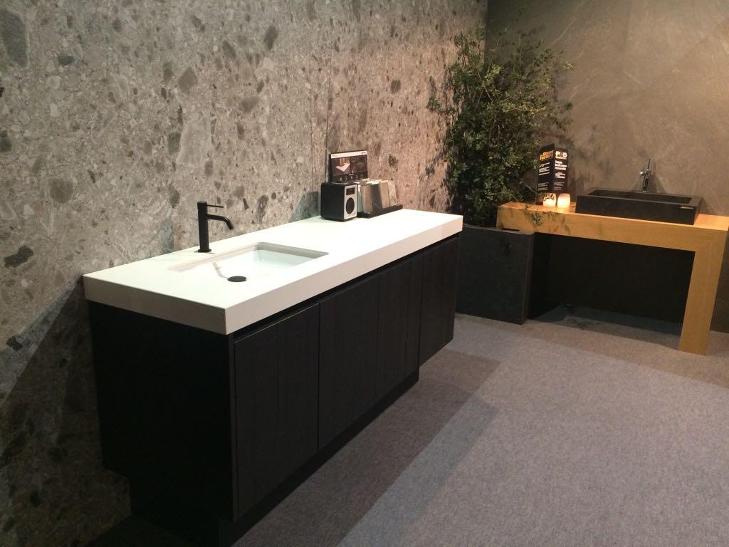 Badkamer Met Natuursteen : Keramiek platen badkamer 2 de groeve natuursteen b.v.